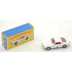 VEHICULO MATCHBOX FORD MUSTANG